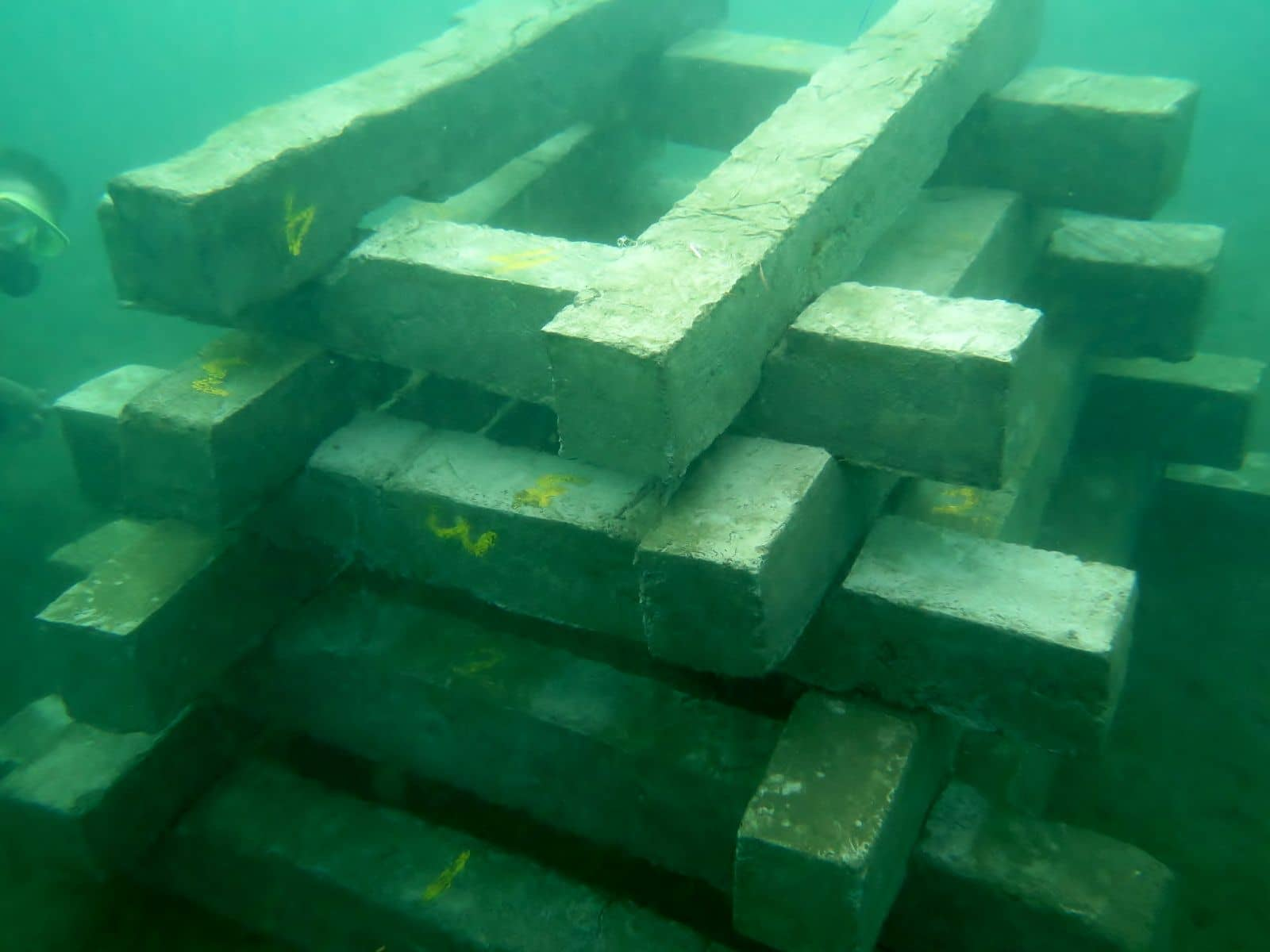 Artificial Reef Project. Hausriff North Bali Divecenter