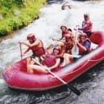 Rafting in einem Boot in Nord Bali