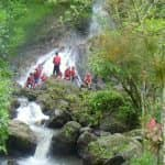 Rafting in Nord Bali an einem Wasserfall